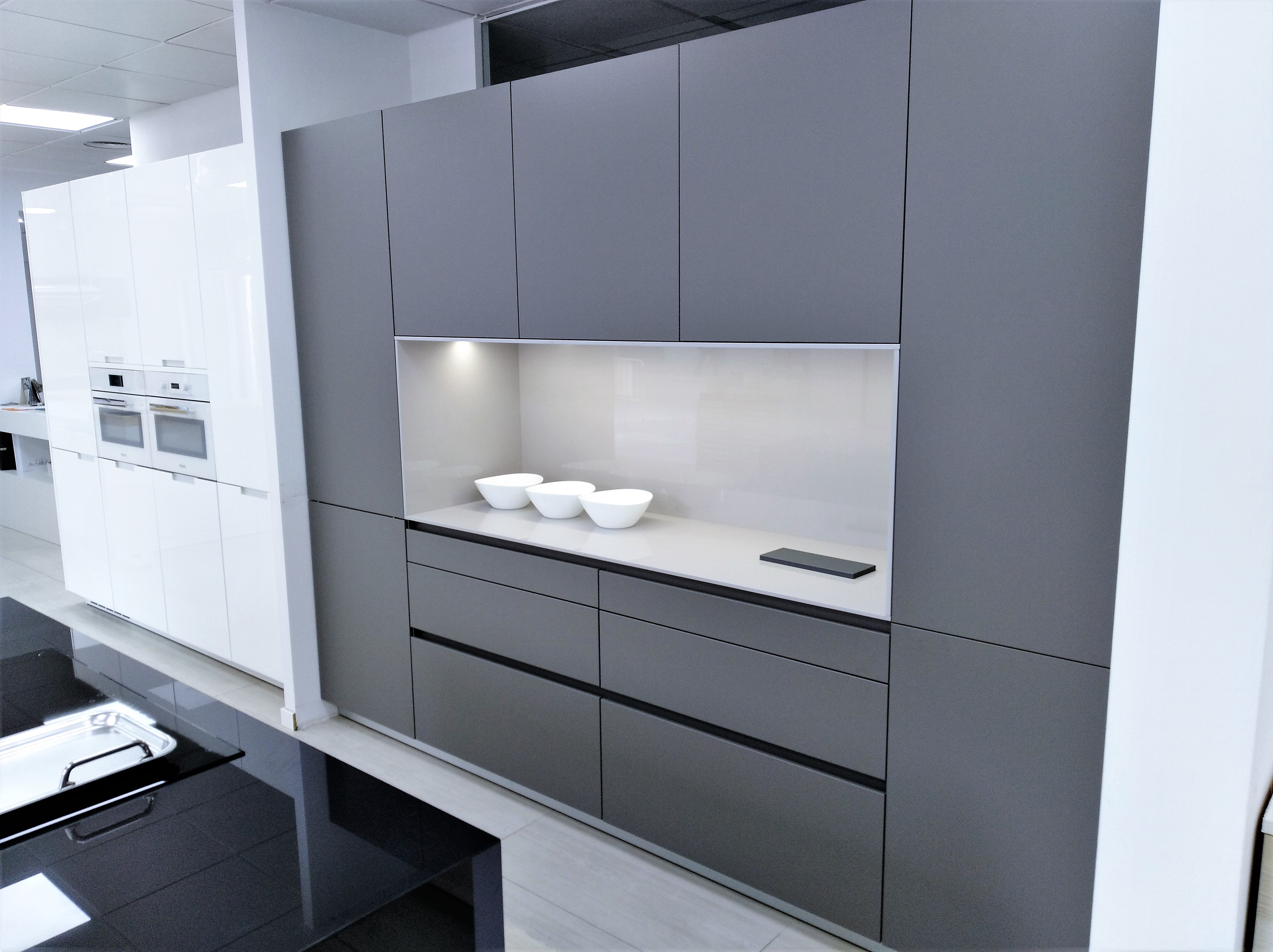 COCINA EXPOSICION LINE VISION - Santos muebles de cocina